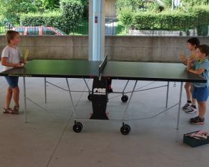...giochiamo a tennis tavolo...