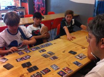 Presso Il Giocoliere con l'Alfonso che ci insegna nuovi giochi!